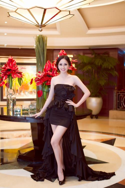 Top 10 sao Việt mặc đẹp nhất showbiz 2012 46