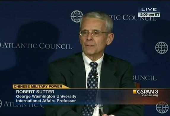 Giáo sư Robert Sutter