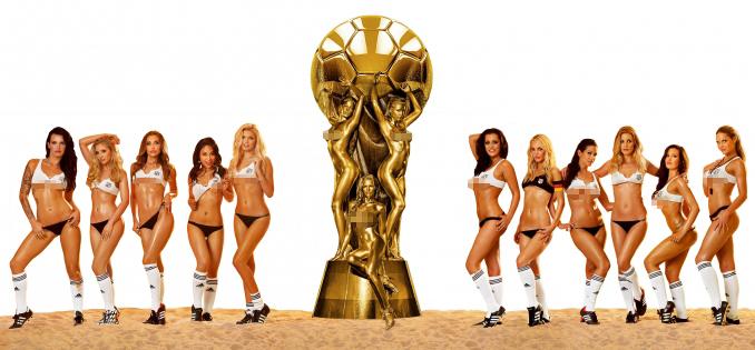 Các mỹ nhân Playboy phiên bản Đức chào mừng VCK World Cup 2014
