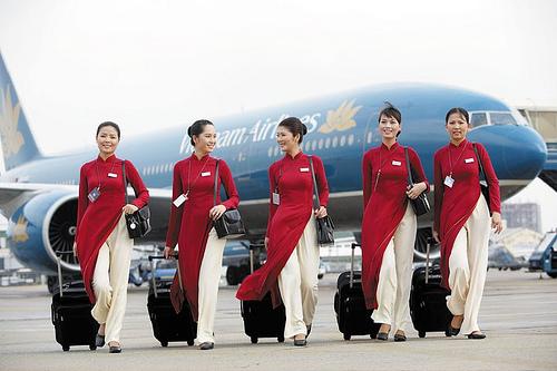 10 ngành nghề đang có mức lương cao nhất tại Việt Nam - Ảnh 2