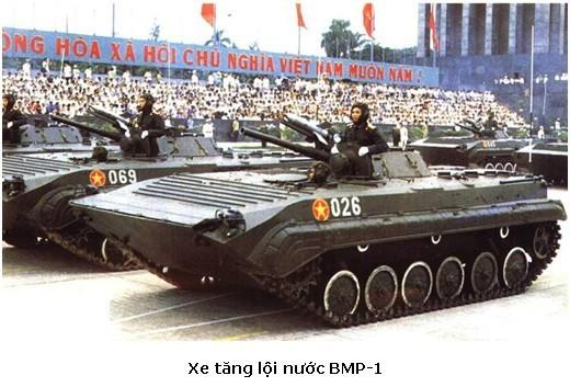 Hình ảnh hiếm hoi về lễ duyệt binh kỷ niệm 40 năm ngày Quốc khánh 2/9/1985