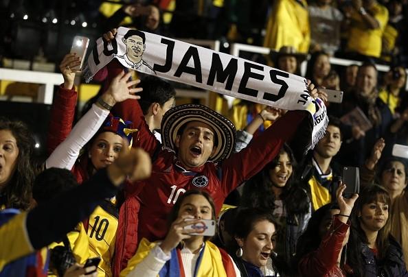 James Rodriguez luôn là người hùng trong mắt fan Colombia
