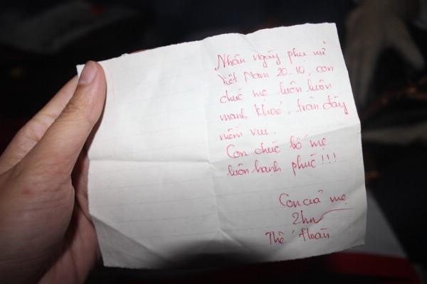 Dòng chữ với lời chúc của Hoàn dành cho mẹ nhân ngày 20/10 vừa qua.