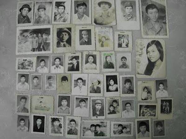 Tấm hình trong balo của người lính Nguyễn Mạnh Hùng khi trở về.