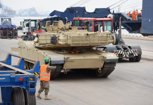 An Abrams tank is seen during delivery in the port of Riga on March 9, 2015. The US delivered over 100 pieces of military equipment to vulnerable NATO-allied Baltic states Monday in a move designed to provide them with the ability to deter potential Russian threats. AFP PHOTO / ILMARS ZNOTINS