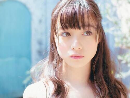 Kanna Hashimoto khiến fan phát cuồng với bộ ảnh thiên sứ 12