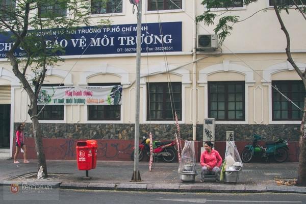 Chùm ảnh: Thương lắm những gánh quà rong trên phố Sài Gòn 12