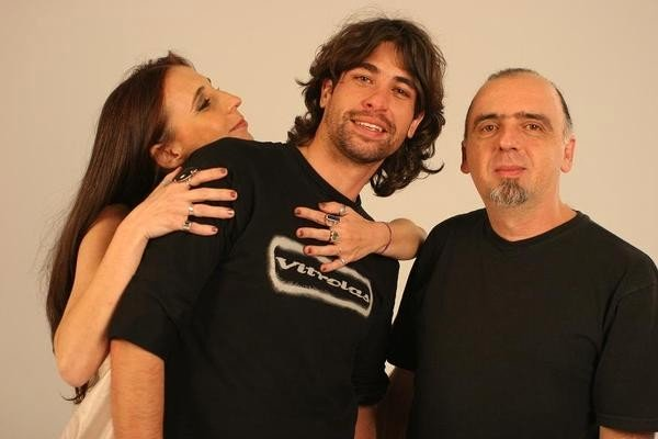BàAngela Cavallo và gia đình.