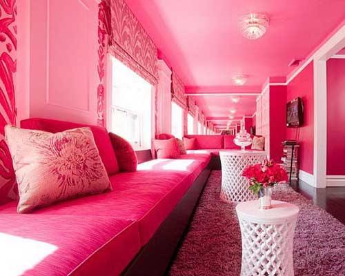  Màu hồng là màu đại hung, khiến cho tâm tình con người nóng nảy, dễ sinh cãi cọ, xích mích.