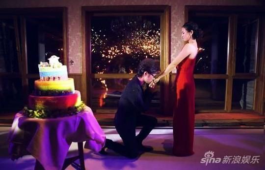 Chương Tử Di nhận lời cầu hôn từ Uông Phong.