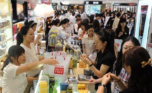 Các hành vi ứng xử của một bộ phận người Trung Quốc khi đi du lịch ở nước ngoài lâu nay vẫn bị chỉ trích là thiếu lịch sự.