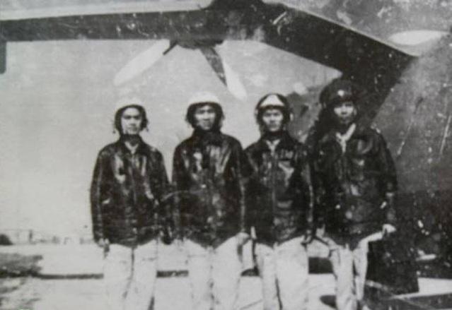 Thủy phi cơ săn ngầm Be-12