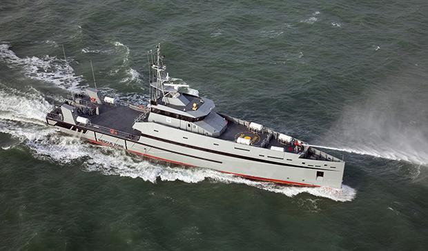Tàu tuần tra cao tốc 165 Defiant được đóng dựa trên mẫu tàu Damen Stan Patrol 5009.