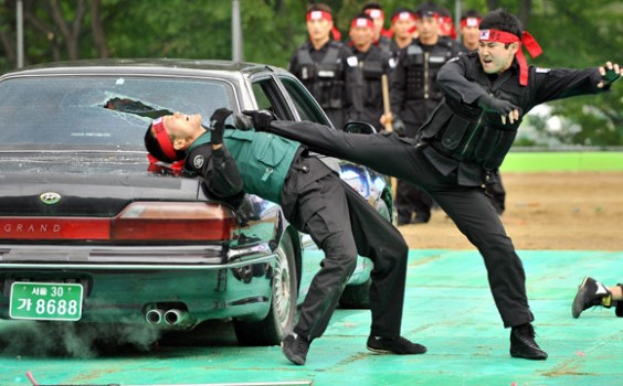 Đặc nhiệm Hàn Quốc sở hữu võ thuật rất đáng sợ.