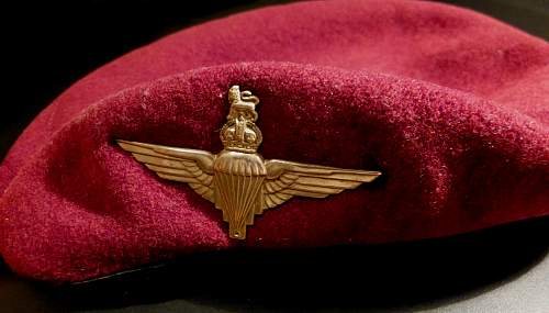 Chiếc mũ nồi đỏ của Binh chủng nhảy dù Quân đội Hoàng gia Anh