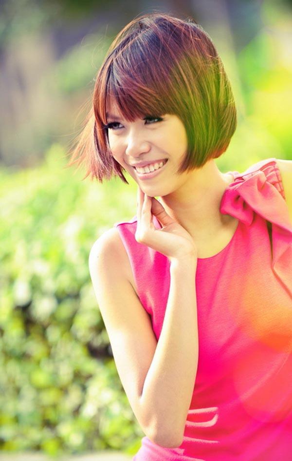 Tuy nhiên, nhan sắc của Minh Tú lại không được đánh giá cao như những người đẹp có cùng xuất phát điểm.