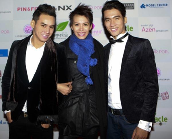 Năm 2012, Minh Tú đại diện Việt Nam tham gia Gương mặt người mẫu trẻ châu Á được tổ chức tại Hàn Quốc.