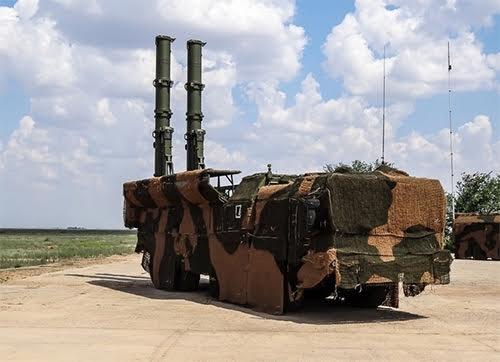 Iskander-K mang tên lửa hành trình.