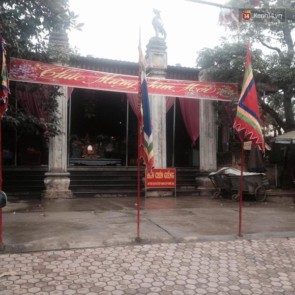 Đền Cô Chín Giếng, nơi Linh Miu và quản lý Thảo Nguyễn đi lễ.