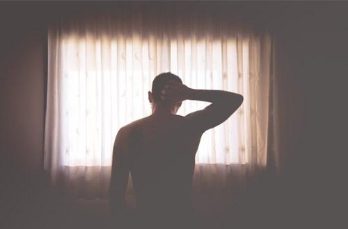 Những áp lực cuộc sống, tâm lý và tuổi tác khiến nam giới không còn phong độ như ngày đầu.