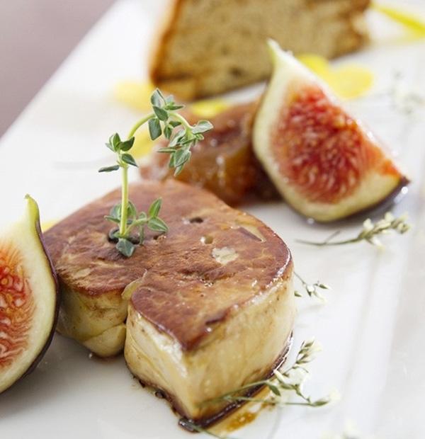 Món gan ngỗng béo nổi tiếng trên thế giới với hương vị thơm ngon đầy tinh tế.