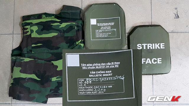 Áo giáp chống đạn do Việt Nam sản xuất