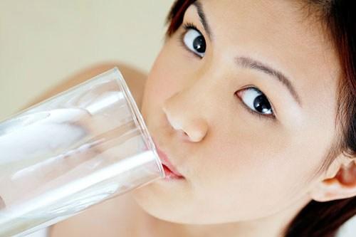 Uống nước đun đi đun lại rất hại cho sức khoẻ.