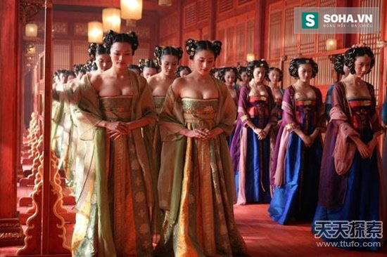 Giống như chốn quan trường, cấp bậc của các cung nữ trong hậu cung được phân chia nghiêm ngặt. (Ảnh: nguồn internet).