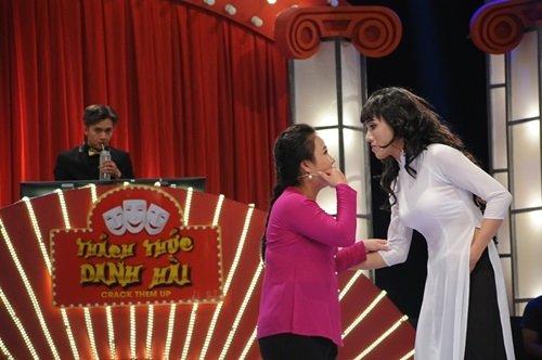 Lê Trang được xem là bản sao của Việt Hương
