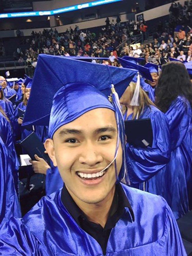 Được biết, hiện tại Võ Lê Thành Vinh đã tốt nghiệp trường Đại học Texas tại Dallas, một trường công lập uy tín ở Dallas.