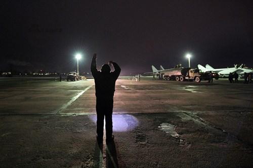 24 chiếc đã được bán sang Trung Quốc. Hiện nay, MiG-31 còn trong trang bị của Nga và Kazakhstan.