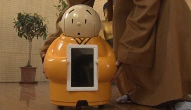 Nhà sư người máy này được gọi là Xian'er, cao khoảng 60 m.