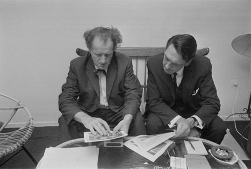Với khả năng đặc biệt này, ông Croiset đã giúp cảnh sát Hà Lan và quốc tế phá được hơn 800 vụ mất tích.