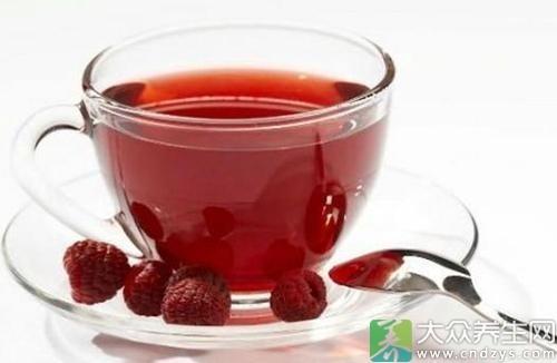 Trà táo đỏ hà thủ ô là lựa chọn lý tưởng để giữ ấm vào mùa đông cho người mang thể trạng nhiệt tính