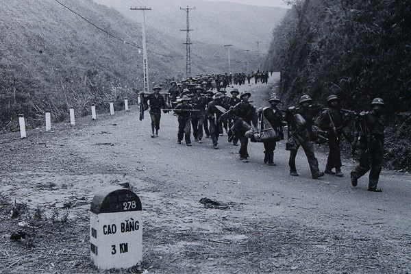 Phát huy thắng lợi, tiểu đoàn tiếp tục lập kế hoạch bí mật tổ chức tập kích địch tại khu vực đường số 4. Từ 15/3 đến 17/3, tiểu đoàn bám trụ huy động lực lượng truy kích đối phương trên đường rút chạy.
