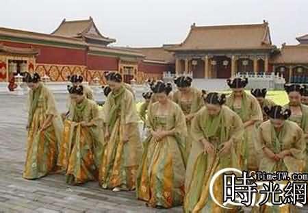 Hầu hết các cung nữ đều phải chôn vùi thanh xuân trong hoàng cung. (Ảnh: nguồn internet).