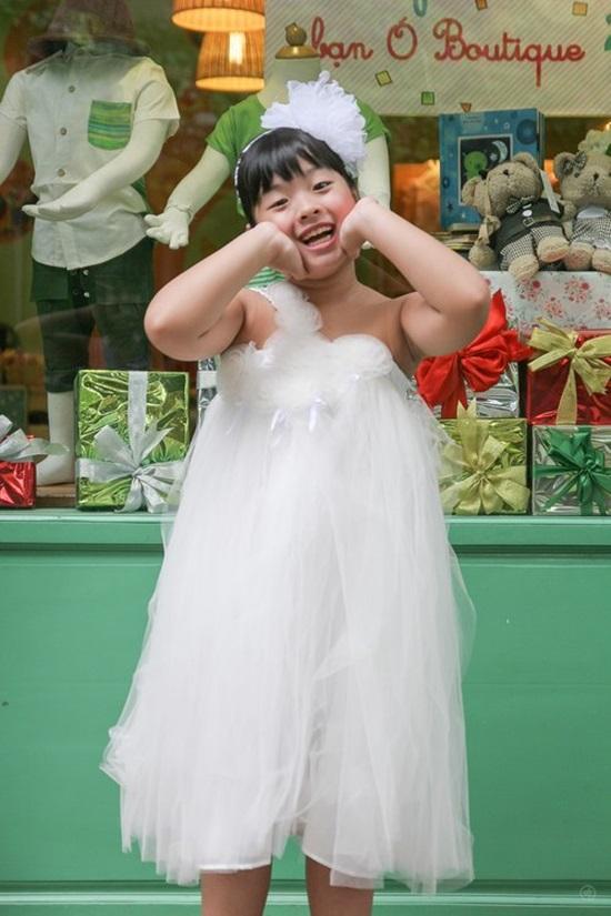 Dậy thì thành công xuất sắc, con gái sao Việt xinh đẹp không nhận ra Ảnh 8
