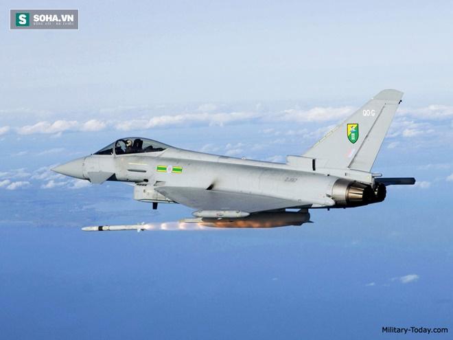Tên lửa ARSAAM phóng từ tiêm kích Typhoon của Không quân Hoàng gia Anh. Ảnh: Military Today