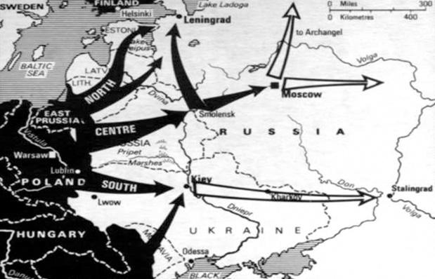 Các cánh quân của Đức (màu đen) tràn vào Liên Xô