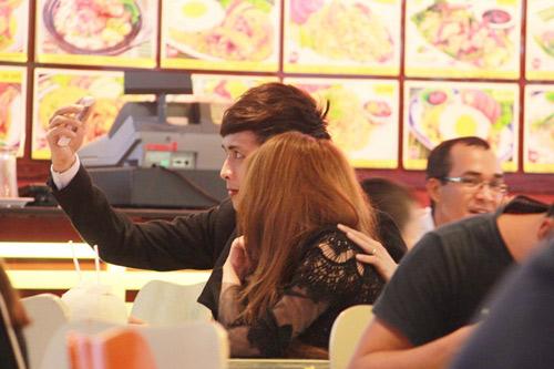 Hồ Quang Hiếu cũng vài lần bị bắt gặp hẹn hò với Ivy