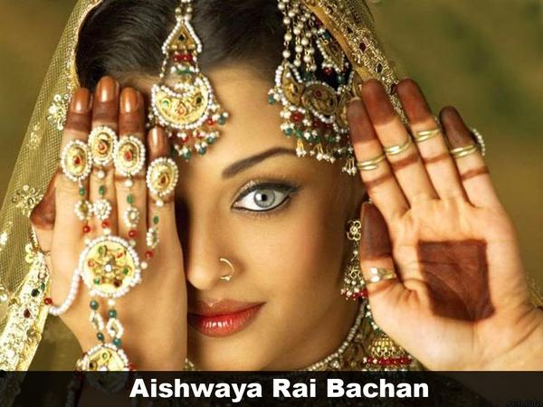 Hoa hậu thế giới người Ấn Độ Aishwarya Rai (hiện được gọi là Bachan  Aishwarya Rai ) sở hữu một gương mặt vô cùng xinh đẹp và ấn tượng.