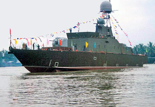 Tàu HQ-381 khi vừa được hạ thủy.