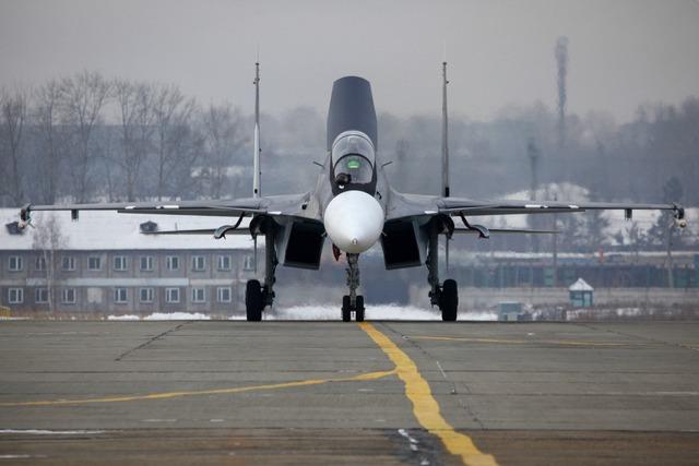 Với 2 thông tin trên, có thể tạm đi tới kết luận rằng một loại tiêm kích dựa trên Su-30SM hoặc Su-30MKI đã lọt vào tầm ngắm của Không quân Việt Nam.