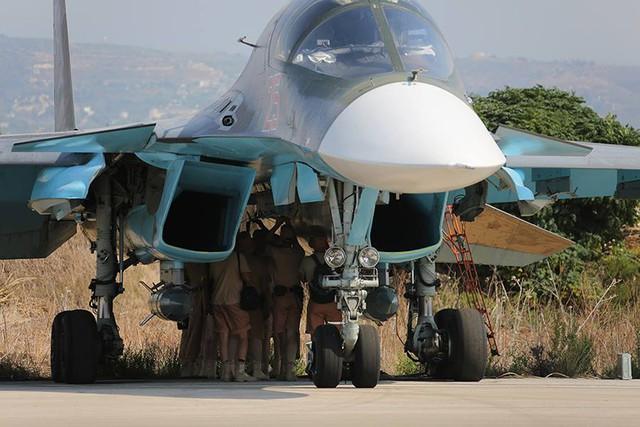 Máy bay ném bom chiến thuật Su-34 tại Syria.