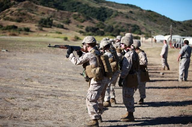 Dù cả Tập đoàn Kalashnikov và nhà sản xuất RWC đều không tiết lộ phiên bản nội địa hóa AK-47 tại Mỹ sẽ được trang bị vào đơn vị nào hay chỉ được bày bán trên thị trường, nhưng căn cứ vào việc binh sỹ Mỹ được huấn luyện với AK-47 cho thấy, rất có thể trong tương lai một số lực lượng trong quân đội Mỹ sẽ được trang bị loại súng này.