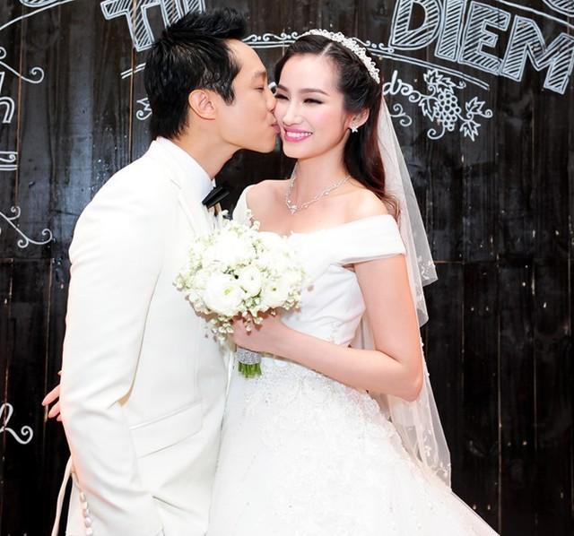 Lễ cưới của Trương Tri Trúc Diễm và chú rể Việt kiều Mỹ - John Từ - diễn ra vào ngày 7/2. Cô dâu được đón bằng siêu xe có giá lên tới 20 tỷ đồng. Ảnh: Thành Luân
