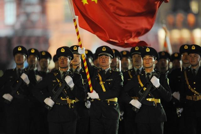 112 quân nhân thuộc Quân giải phóng Trung Quốc (PLA) tham gia lễ duyệt binh Ngày Chiến thắng trên Quảng trường Đỏ, thủ đô Moscow, Nga hôm 9/5.