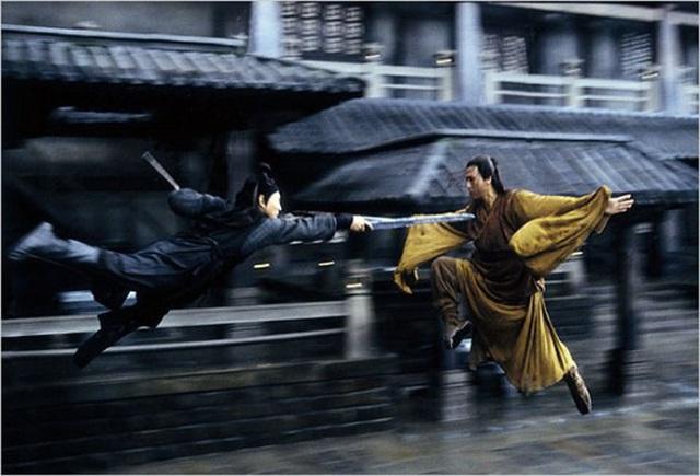 Lý Liên Kiệt so tài với Chân Tử Đan trong phim Ngôi sao võ thuật.