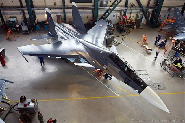 Trang tin vpk-news.ru (Nga) ngày 18.2 cho biết, Ấn Độ sẽ đào tạo phi công Việt Nam lái Su-30 trước cuối năm 2015.