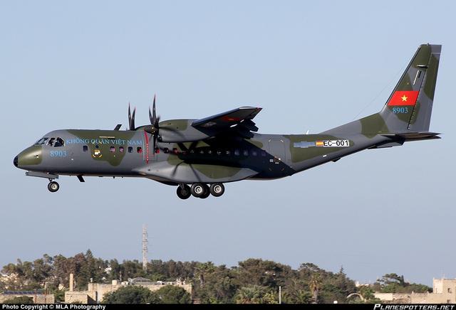 Máy bay vận tải C-295 của Không quân Nhân dân Việt Nam.